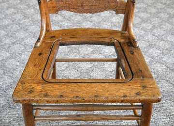 Etonnant Chair With Groove Around Opening