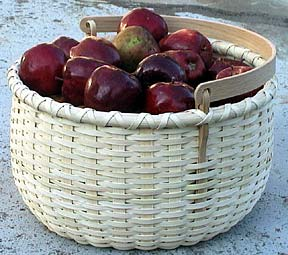 Special Quantity -- Apple Basket with Swing Handle (Supplies for 5 Baskets)